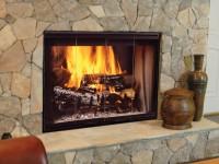 Jak usunąć zapach spalenizny z domowego kominka